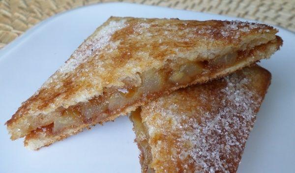 Croques aux poires fondantes et caramel beurre salé...pour se régaler ! #recette…