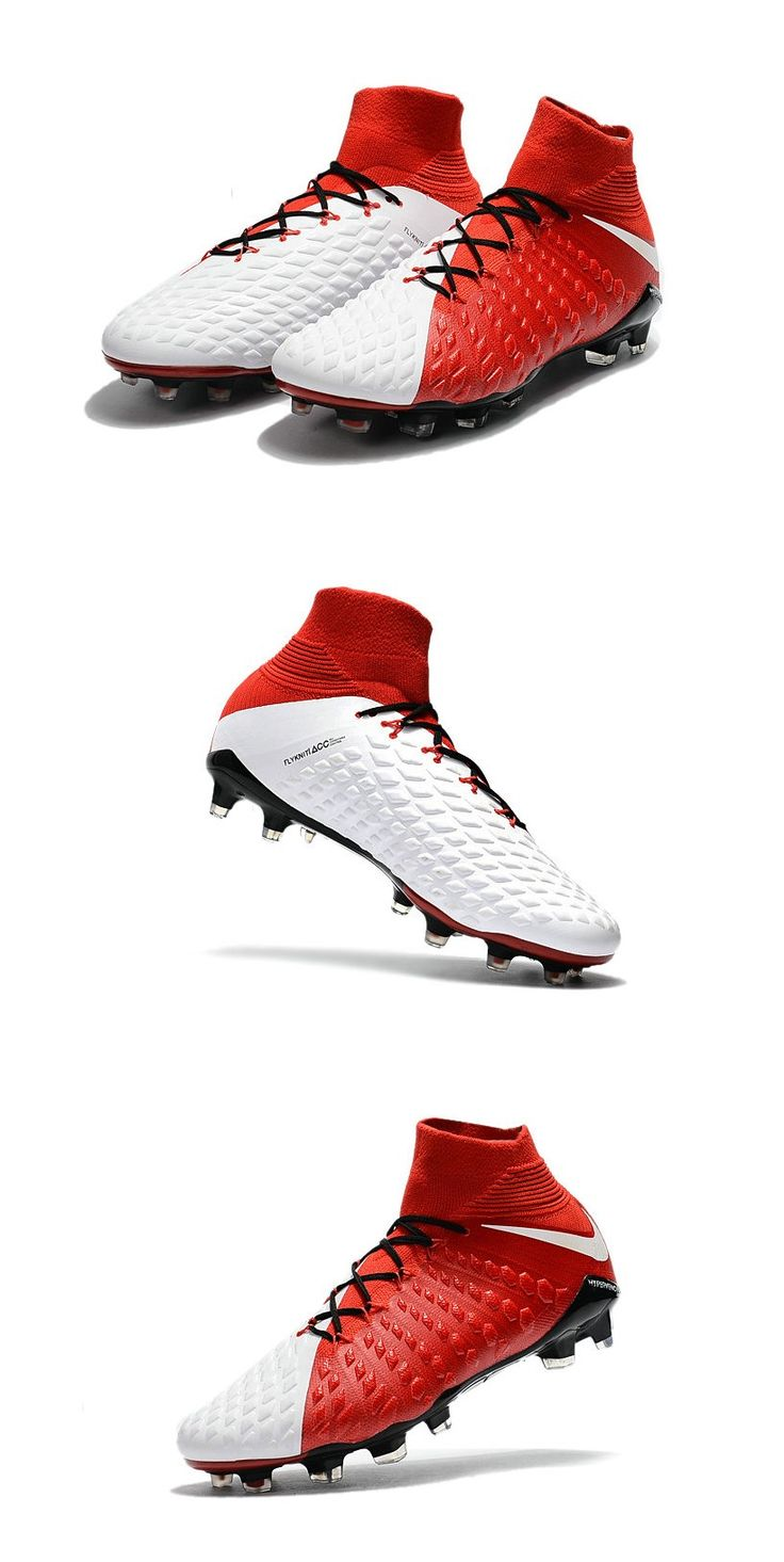 The sole plate of the Nike Hypervenom Phantom III boots features a more  flexible material in