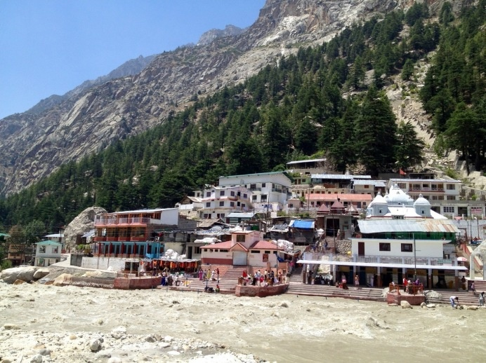 city with an altitude of 3000 meters, Gangotri in north of India.
