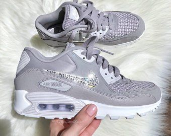 Articles similaires à Enfant Nike Air Max 90 chaussures blanc ...