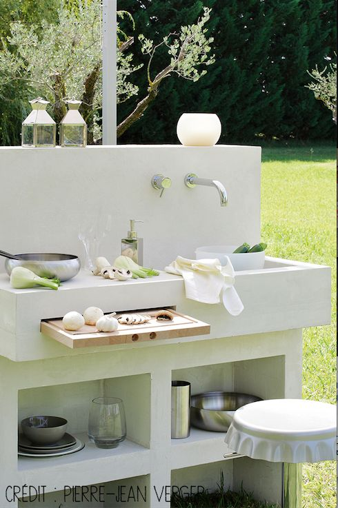 Eine kleine Außenküche, schick und modern! #dccv #garten #outdoor #outdoor   – Marine Didier