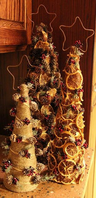 site shows you had to make 3 trees using cardboard: Xmas Trees, Christmas Crafts, Trees Crafts, Diy Christmas Trees, Pine Cones, Fruit Trees, Christmas Decor, Autumn Trees, Dry Orange