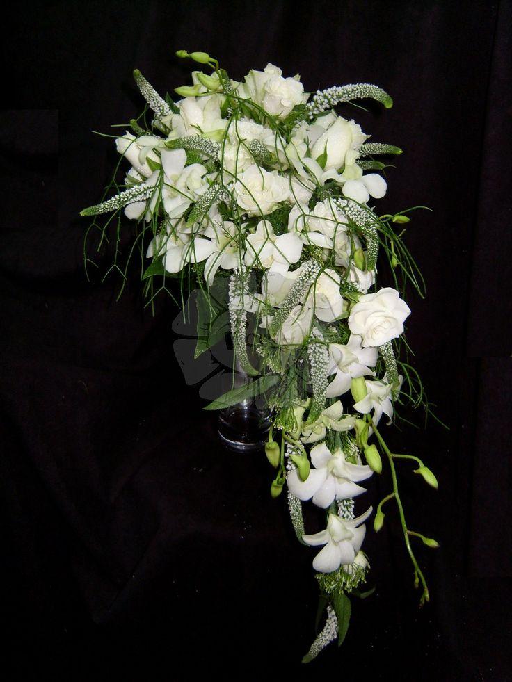 Ramo de novia cascada clásico