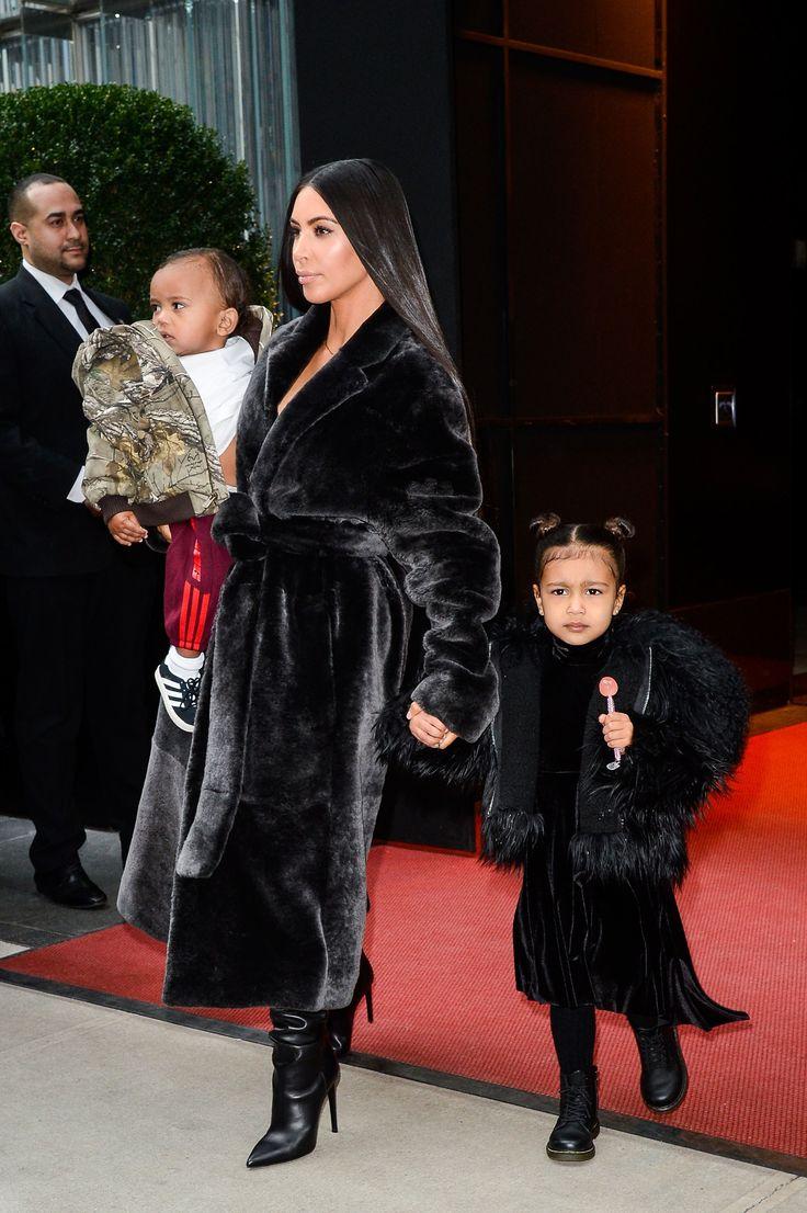 1000 Ideas About Kim Kardashian Hairstyles On Pinterest Kardashian Hairstyles Hairstyles And