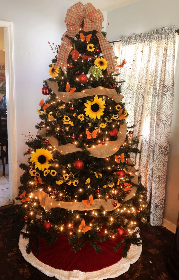 Sunflower Christmas tree sunflowerchristmastree Decorated