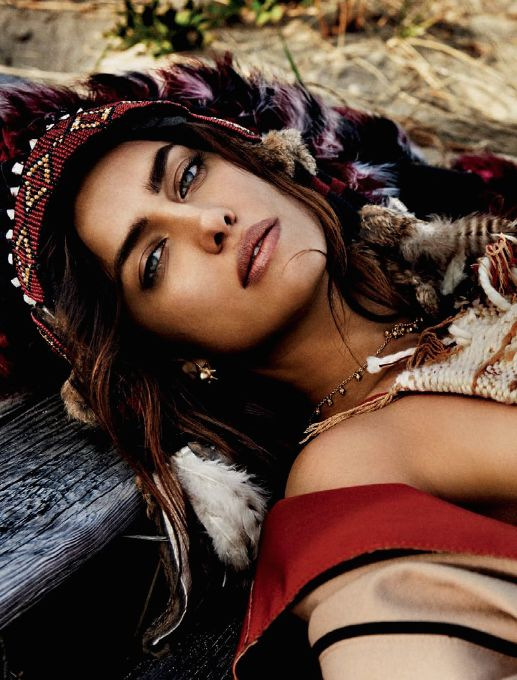 Irina Shayk by Giampaolo Sgura for Vogue Brazil