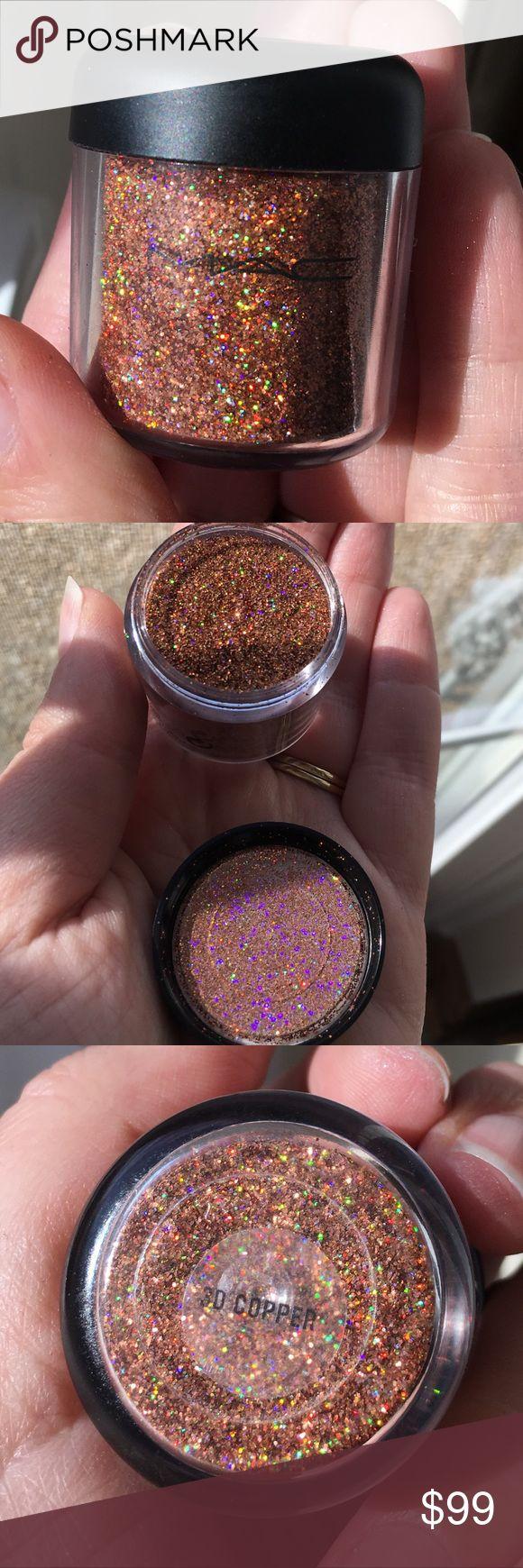 """Mac 3D Copper Glitter Pigment Mac glitter in """"3D Copper"""" extremely rare MAC Cosmetics Makeup"""