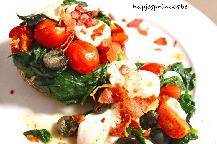 Gevulde portobello met spinazie, kerstomaten en mozzarella - De Loopgekke Keukenprinses Gezonde recepten healthy food