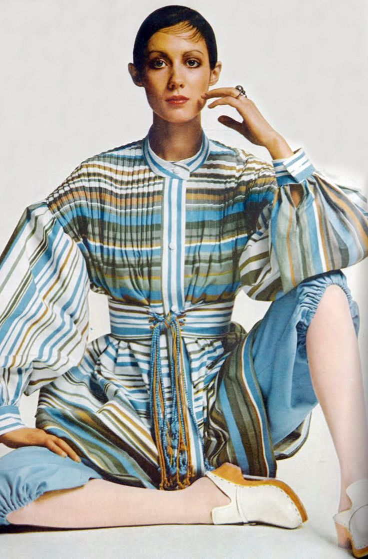 Moyra Swan Photo By Bailey Vogue UK 1971 Vintage Fashion Style Blue Tan White Striped Shirt Tunic Dress Bloomers Knickers Model Magazine Color Print