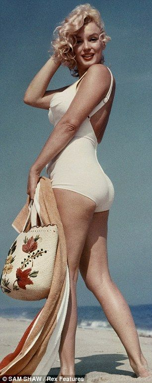 When I woman didn't have to be a size 2 to get photographed. Marilyn Monroe : voted 'Best Celebrity Curves of All Time'