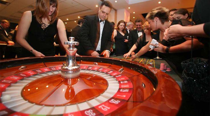 Animation Poker CASINO a domicile Soiree Poker Roulette Black Jack Baccara