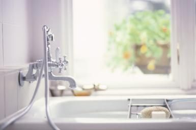 Tub/Shower Liners:  Are They The Quick Fix You Need For Your Bathroom?: Alcove Bathtub