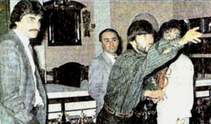 Rıdvan Dilmen, Bülent Ersoy'a niçin şişe attı?