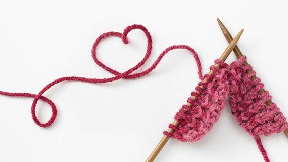 La tricothérapie ....  Voilà pourquoi je tricote depuis tant d'années .....et pourquoi je continuerai encore longtemps ....