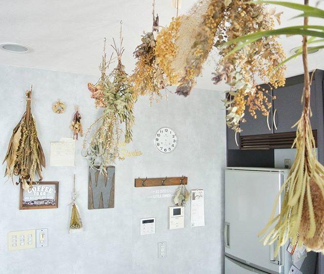 アンティークな雰囲気を演出♡ドライフラワーの素敵な飾り方 | folk