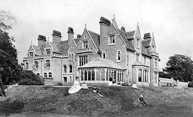 Nottinghamshire history > The Great Houses of Nottinghamshire and the County Families: Bramcote Hall. The Smiths.