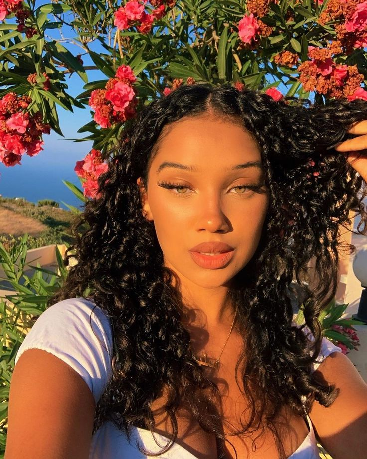 Pin by Addison Colley on Light skin girls in 2020 | Light