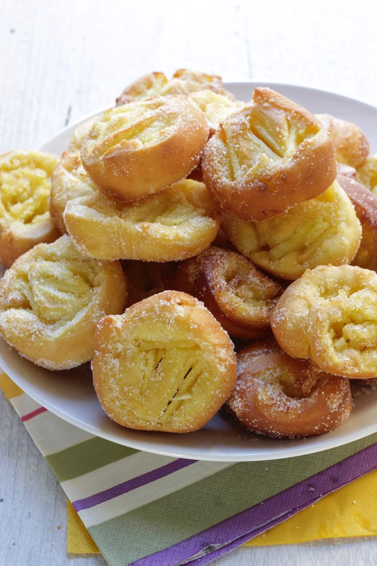 Oggi a La Prova del cuoco : Girelle fritte alle mele