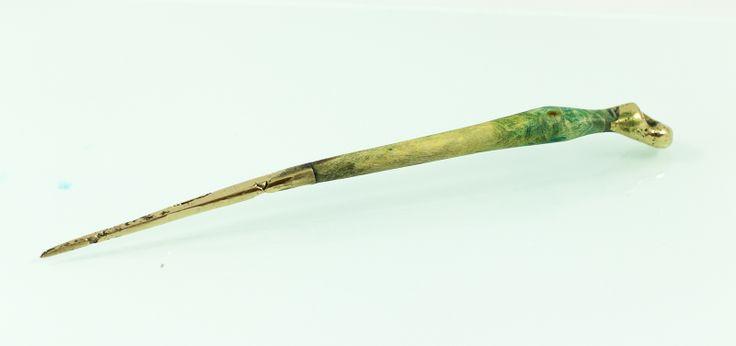 Hair pin (Casandra's Pin), yew wood/bronze, 12 cm. www.leontinpaun.ro Buy online - www.fine-art.ro