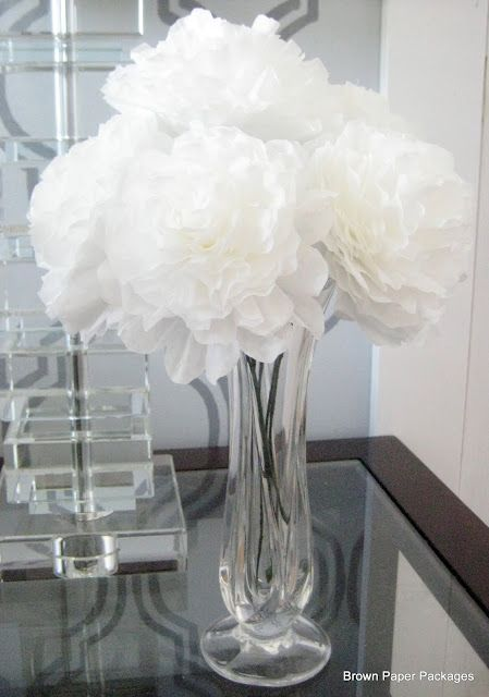 Coffee filter flowers; LOVE this!: Filters Peonies, Brown Paper Packages, Paper Flower, Pretty Paper, Coffee Filters Flower, Coffee Filter Flowers, Paper Peonies, Memorial Filters, Brown Paper Packaging
