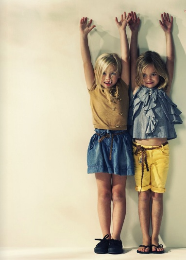 American Outfitters SS12 - LOVE the denim ruffle top!