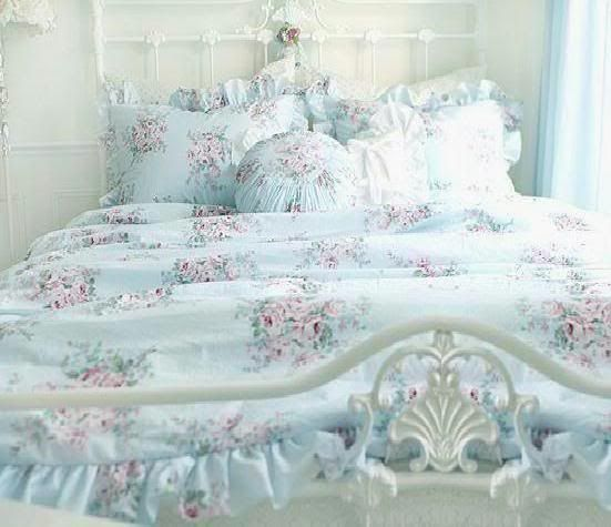 best 25 shabby chic comforter ideas on pinterest shabby chic beds shabby chic headboard and shabby chic colors