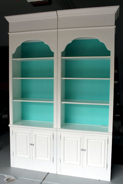 bookshelves makeover. Might do this with the leftover paint from painting my toilet. It's a turquoise-jade green called Mermaid's Tail. How cute is that!