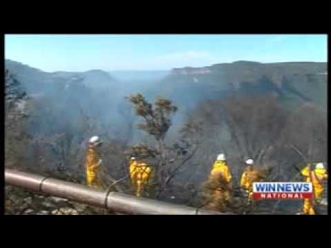 Blue Mountains bush fire 9 news 1 11 2014 - YouTube