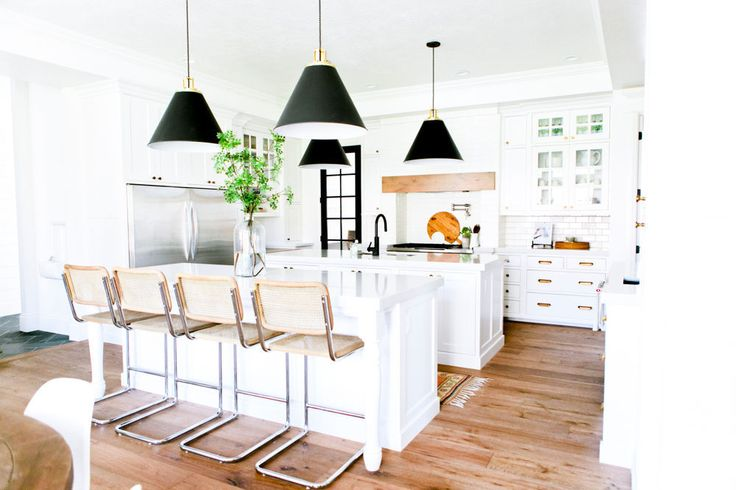 22 Jaw Dropping Small Kitchen Designs: We Can't Even With This Jaw-dropping Farmhouse