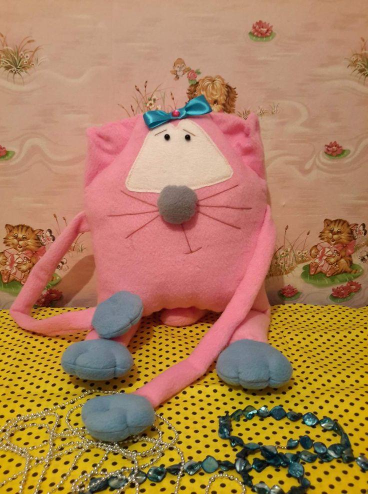 Моя работа. интерьерная подушка. цена 1200. С удовольствием выполню на заказ. av147896@mail.ru