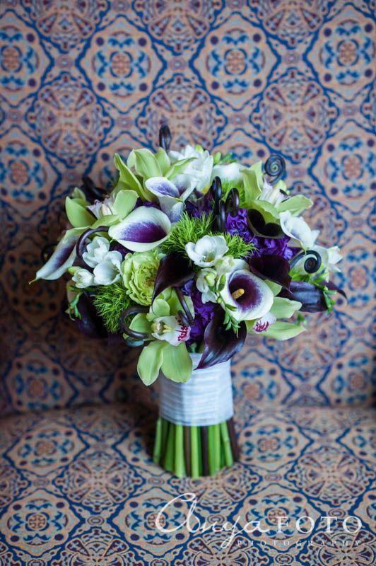 anyafoto.com, wedding bouquet, bridal bouquet, garden bouquet, purple bouquet, green bouquet, lilies, purple lilies, spring bouquet