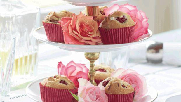 Hindbærmuffins med hvid chokolade | Femina