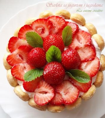 Strawberries Charlotte by http://kuhinjica-mignone.blogspot.com/ @Lana Belic