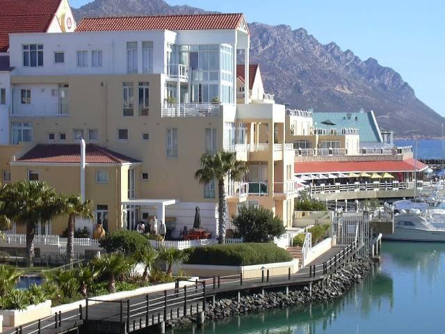 apartments - harbour island, Gordon's bay