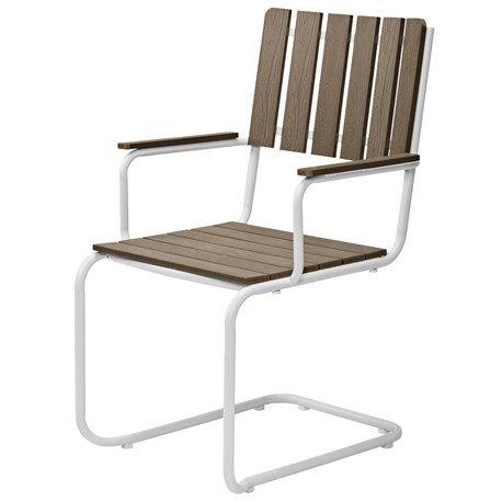 Bekväm trädgårdsstol som är tillverkad av konstträ och pulverlackerat stål. | Vi ger dig trivsammare timmar i trädgården. Välkommen till Jula!