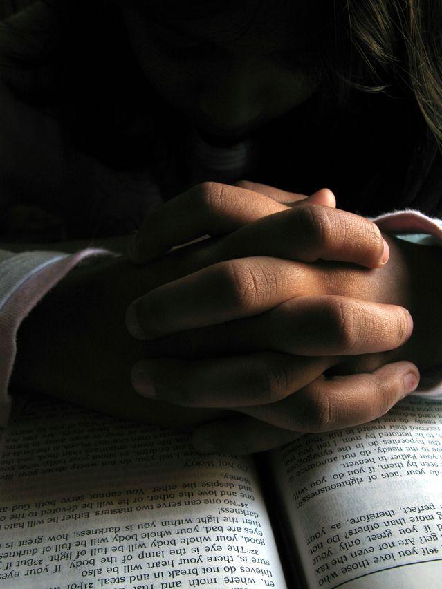 ¿Qué dice la Biblia sobre la oración?: La Biblia y la oracion