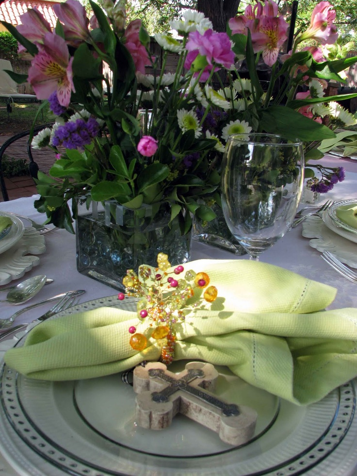 Creative journeys ladies luncheon tablescape tablescapes centerpieces pinterest ladies - Backyard patio design ideas to accompany your tea time ...