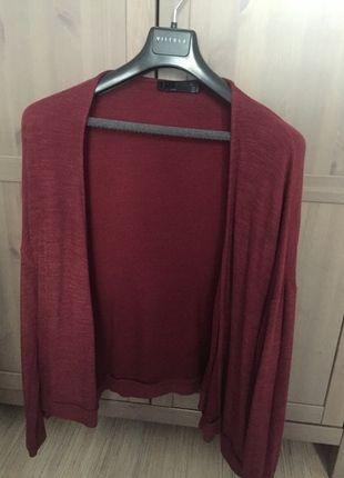 Kup mój przedmiot na #vintedpl http://www.vinted.pl/damska-odziez/dlugie-swetry/11992765-bordowy-sweterek-zara