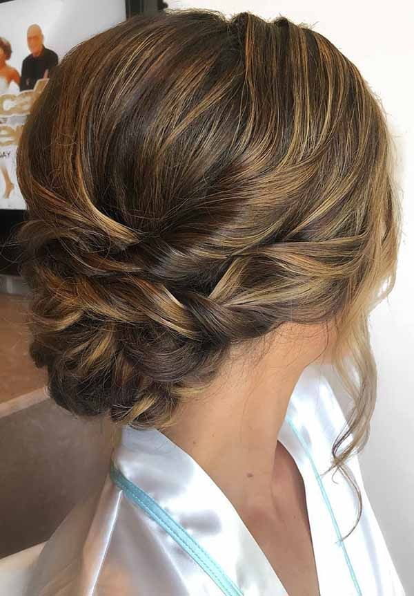 Are You Looking For A Gorgeous Hairstyle For The Prom Night You May Give An Eye To The Co Prom Hairstyles For Short Hair Short Hair Ponytail Short Hair Styles