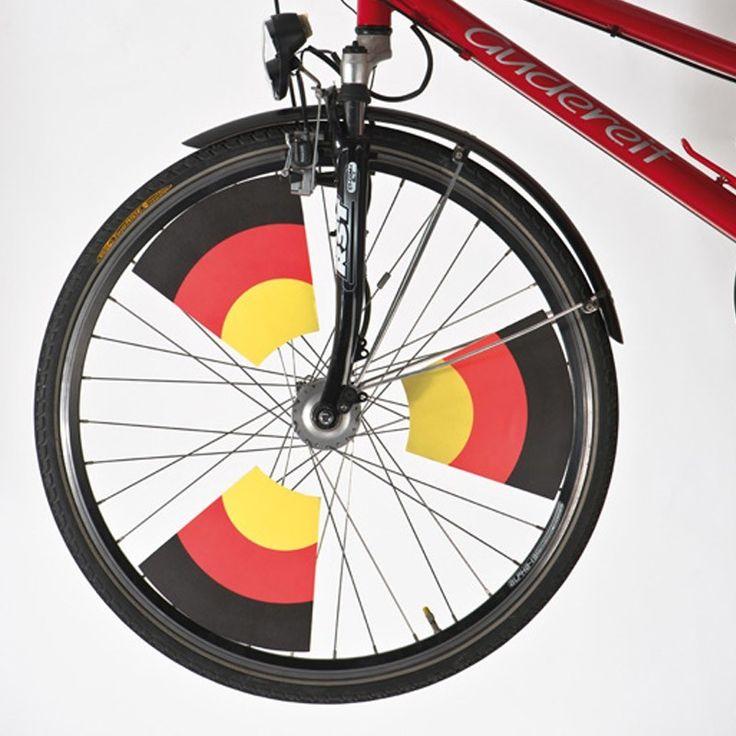 Steag din plastic pentru biciclete http://www.corporatepromo.ro/scule-si-diverse/steag-din-plastic-pentru-biciclete.html