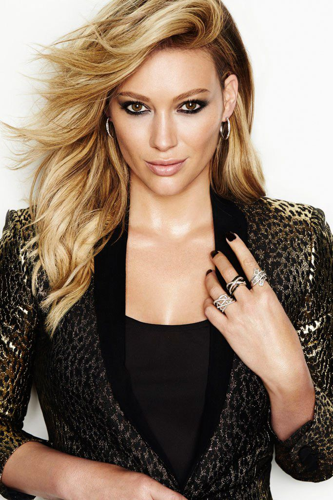 Hilary Duff is a knockout. From the creator of Sex and The City, 'Younger' stars Sutton Foster, Hilary Duff, Debi Mazar, Miriam Shor and Nico Tortorella. Discover full episodes at http://www.tvland.com/shows/younger.