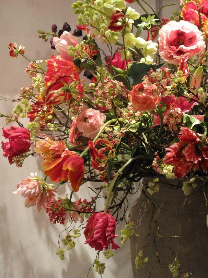 Zijden bloemen verkochten wij als eerste in Nijmegen