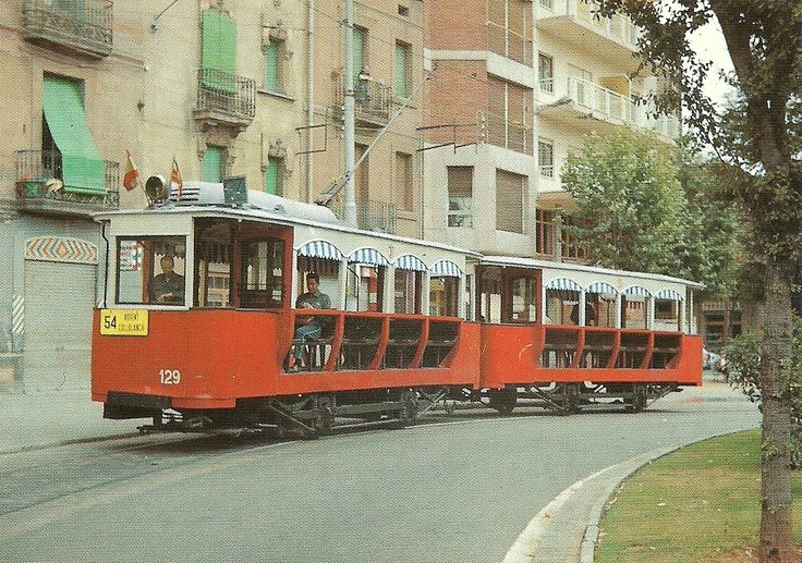 BARCELONA. Tramway. Coach 129 made in 1906 by Can Girona. Rebuilt in 1951. Photo: Jaume Fernández at the Plaça del Centre (18.07.1971). Postcard by Eurofer, Amics del Ferrocarril, Barcelona, 94. Catalonia