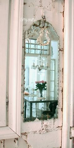Shabby Chic mirror to die for!