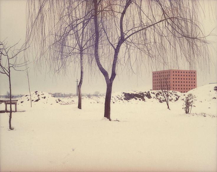 Luigi Ghirri - Modena, 1985 – serie Architetture di Aldo Rossi - project print - 5.5 x 7 cm - © Eredi di Luigi Ghirri - Courtesy Fondo di Luigi Ghirri