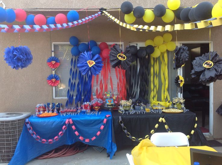 Easy DIY batman and superman party decor