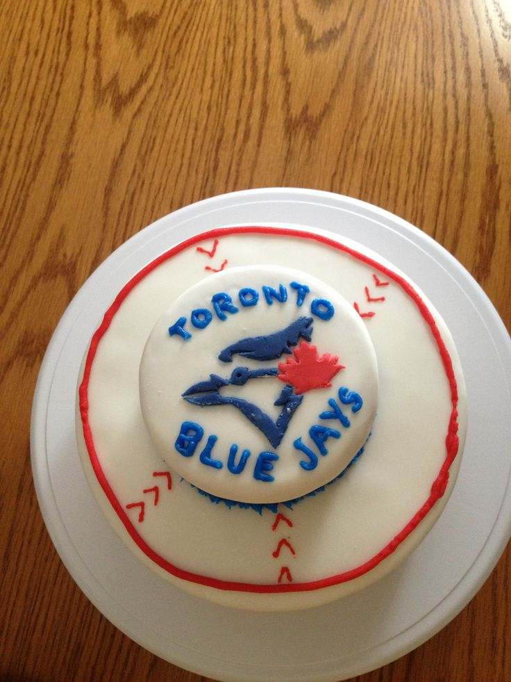 Toronto Blue Jays Birthday Cake Birthdays :) Pinterest ...