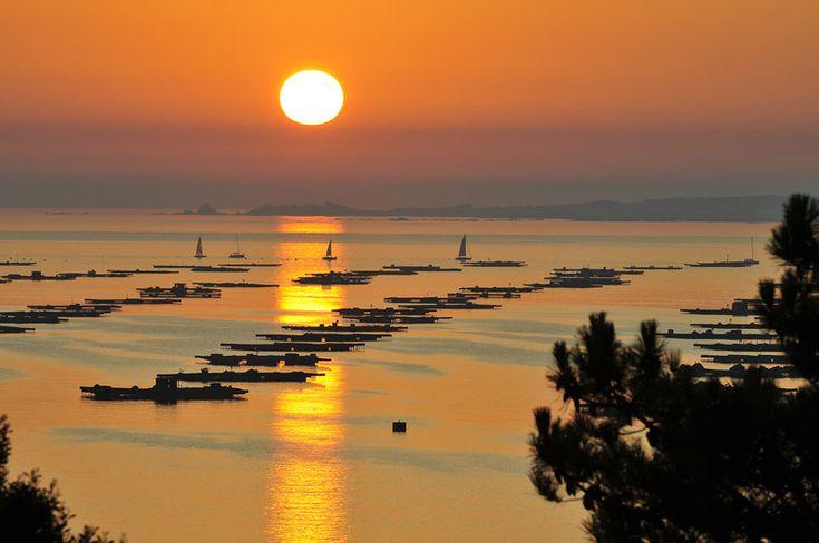 Sunset at ria de Arosa, from San Vicente do Grove, Pontevedra - Spain