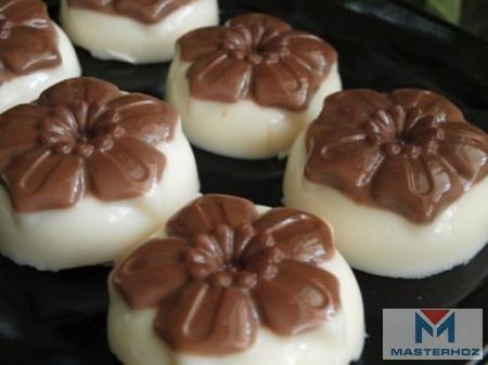 Желе из топлёного молока с шоколадом http://masterhoz.ru/catalog/accessories-for-cooking/silicone-molds-for-mini-muffins-muffins-6-large-cell-paterra-24-16-5-3-5-cm-3-colours-402-438/  Индигриенты:  топлёное молоко-0,5 л  желатин-20 г  вода-10 ст. л.  половина пакетика(12 г) порошка горячего шоколада (или какао)  сахар-5 ст. л.  силиконовые формочки.  Желатин залить водой, оставить для набухания, затем нагреть на водяной бане до полного растворения. Нагреть молоко, положить сахар, когда…