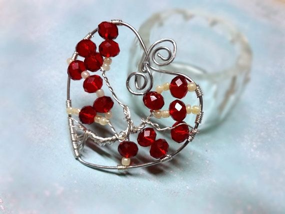 Valentine's tree of life/Wire hear/Valentines red tree of